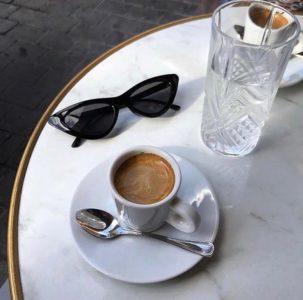 chilling like a Saturday morning #chill #eyewear #sunglasses #coffeetime #bodartopticiens