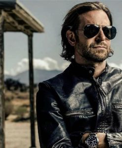 #bradleycooper & #raybanaviator … vous en pensez quoi vous?? nous on adore!! #rayban #lunettesdesoleil…